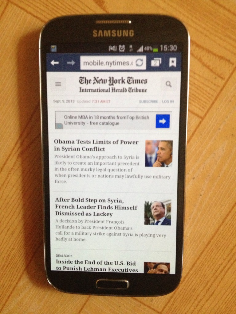 Reading New York Times on Galaxy S4