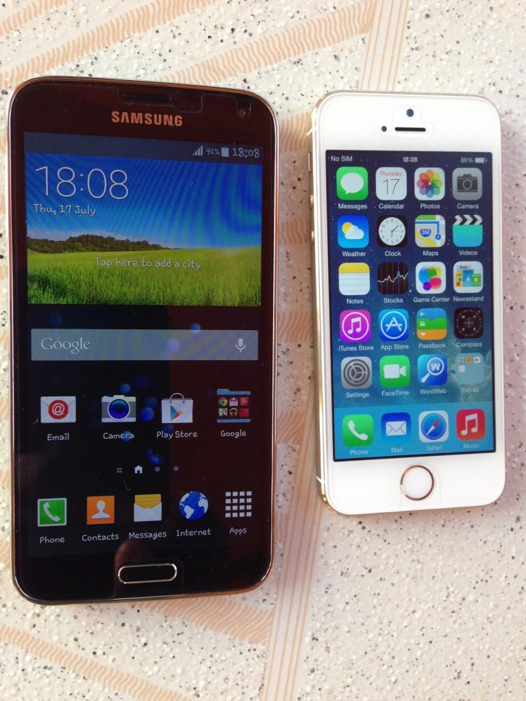 Galaxy S5 home screen Versus iPhone 5s home screen